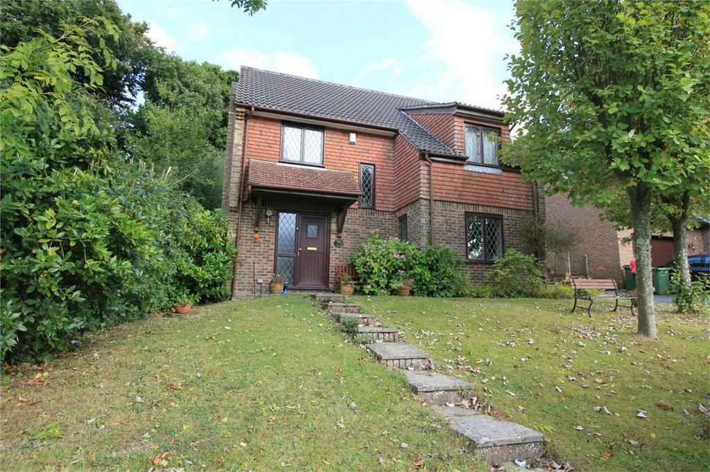 4 Bedrooms Detached House for sale in 3 The Coppice, BATTLE, East Sussex