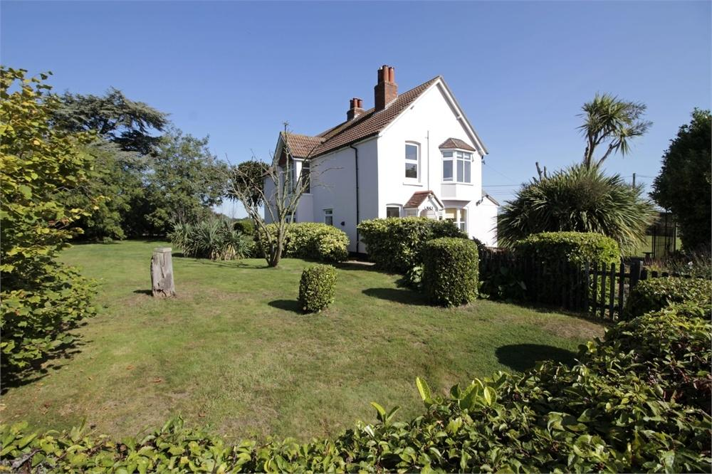 4 Bedrooms Detached House for sale in West End Road,, Tiptree, Essex