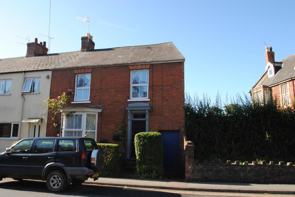 3 Bedrooms Terraced House for sale in Waterloo Road, Wellington