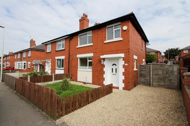 3 Bedrooms Semi Detached House for sale in Pennington Lane Ince Wigan