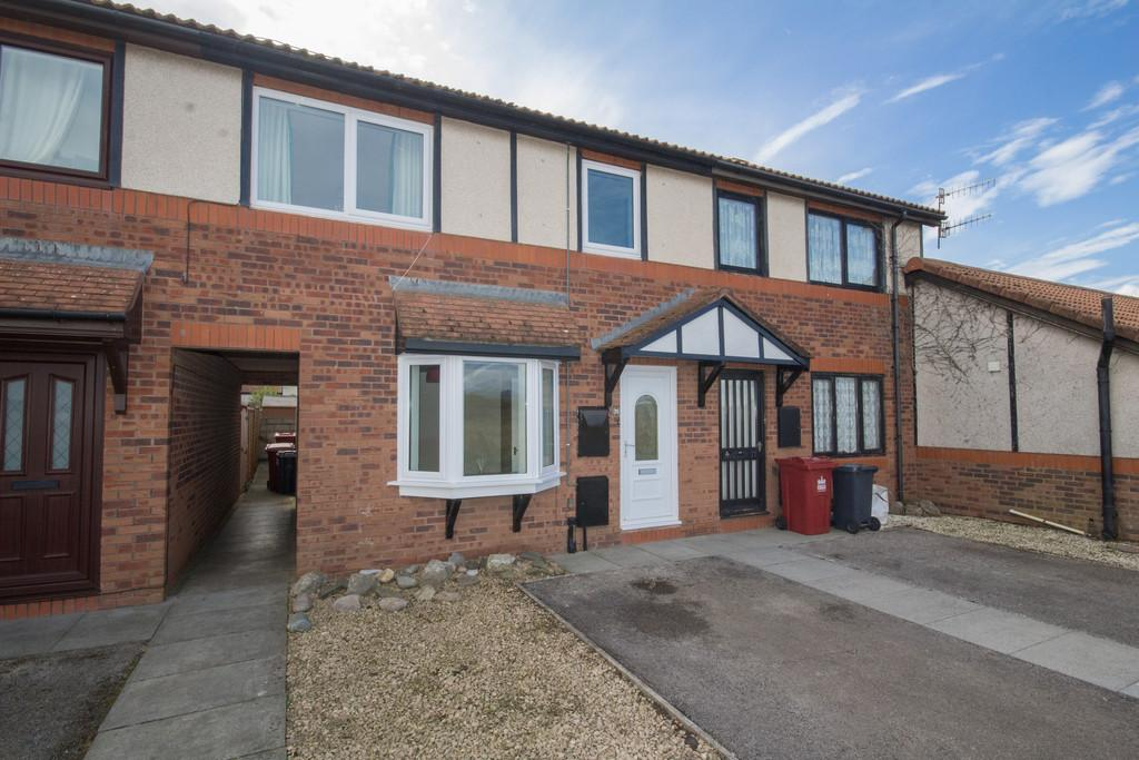 3 Bedrooms Terraced House for sale in Solway Drive, Walney Island