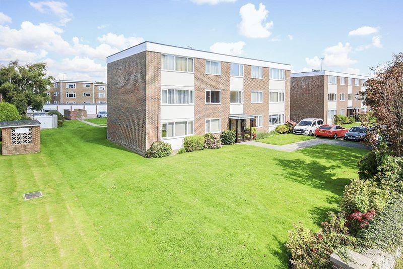 2 Bedrooms Apartment Flat for sale in Worthing