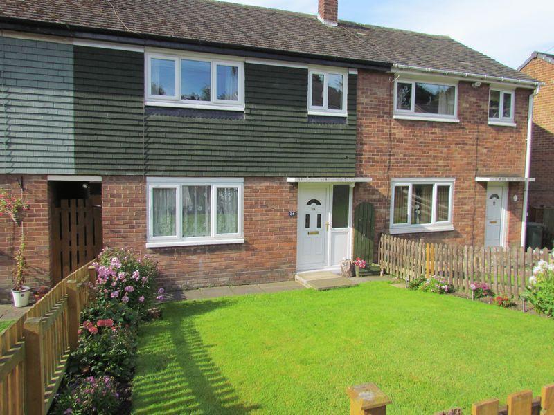 3 Bedrooms Terraced House for sale in Queensway, Bingley