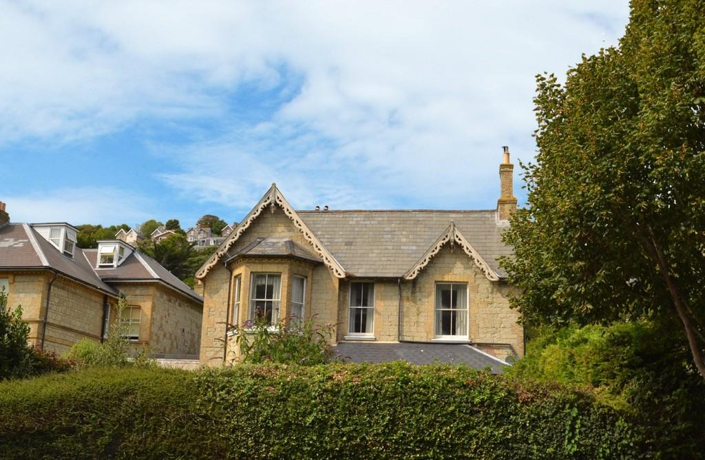 4 Bedrooms Apartment Flat for sale in Park Avenue, Ventnor