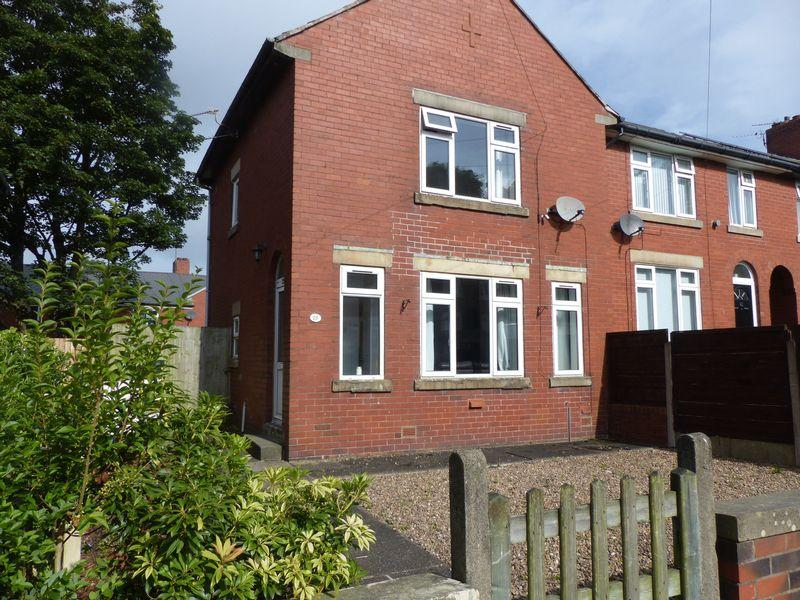 2 Bedrooms Terraced House for sale in Peveril Road, Derker