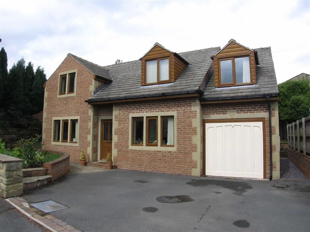 4 Bedrooms Detached House for sale in The Crofts, Emley, Huddersfield, HD8