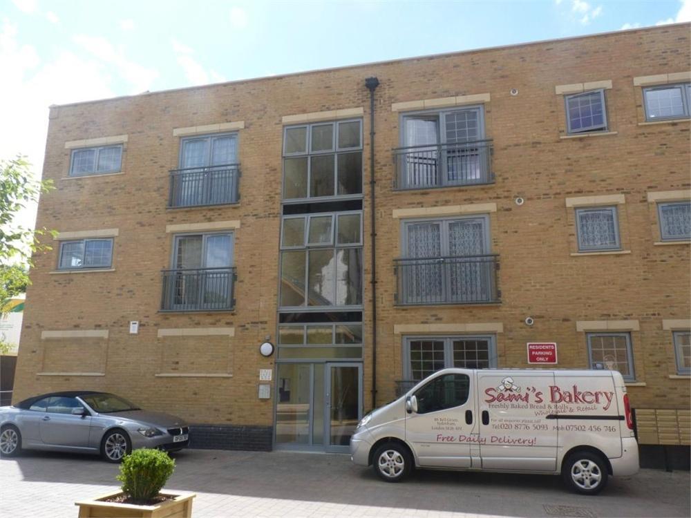 2 Bedrooms Flat for sale in Esparto Way, South Darenth, Dartford, Kent