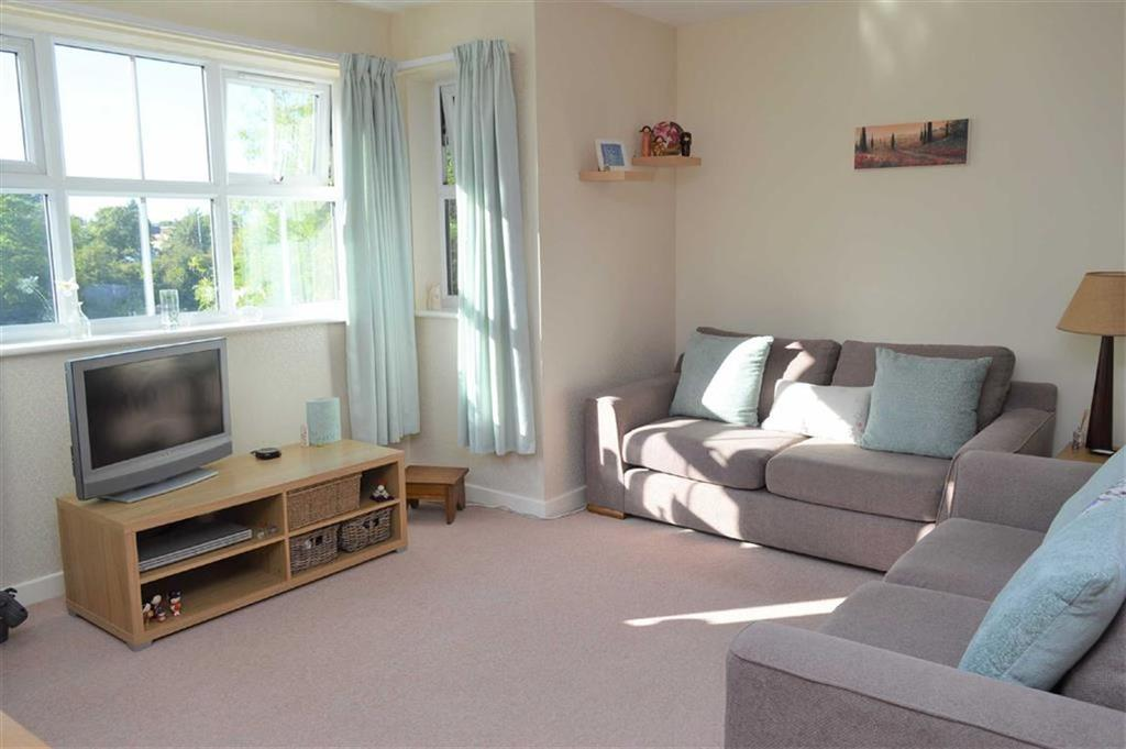 2 Bedrooms Apartment Flat for sale in Riverside Court, 20 Thorburn Road, CH62