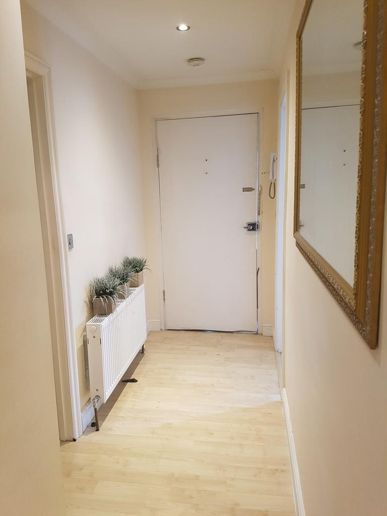 2 Bedrooms Flat for sale in 334 Camberwell New Road, London SE5