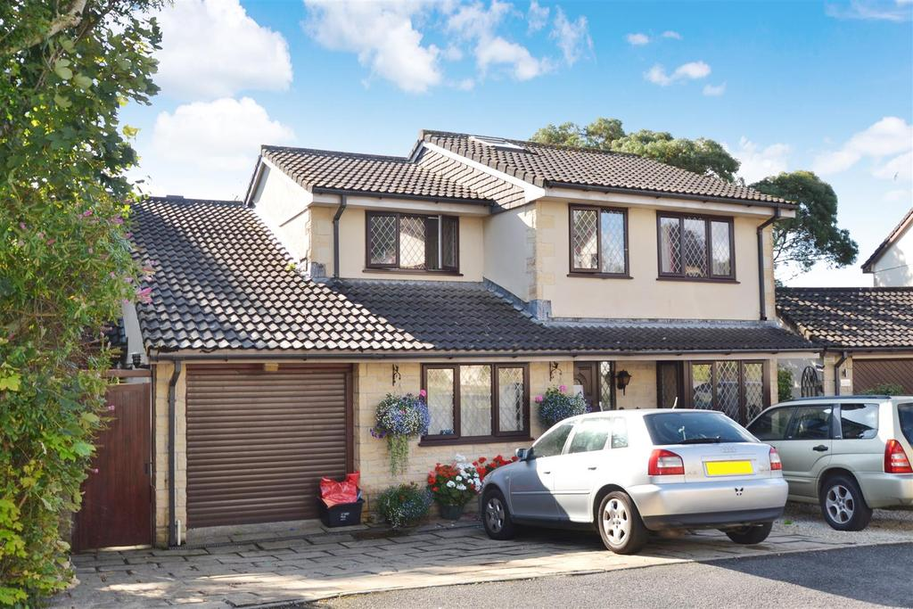 5 Bedrooms Detached House for sale in Old Well Gardens, Penryn