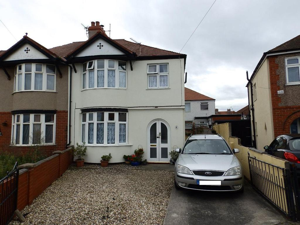 3 Bedrooms Semi Detached House for sale in Winnard Avenue, Rhyl
