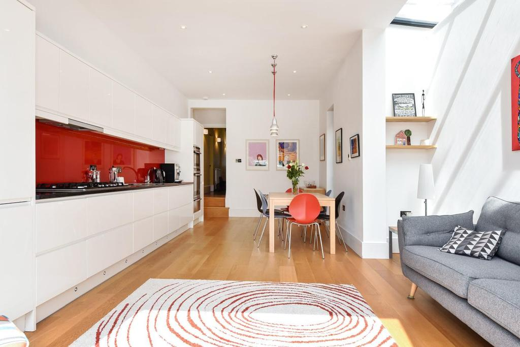 3 Bedrooms End Of Terrace House for sale in Casewick Road, West Norwood
