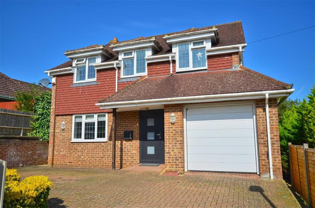 3 Bedrooms Detached House for sale in Furze View, Chorleywood, Hertfordshire