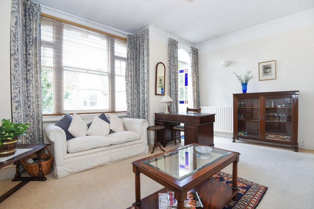 2 Bedrooms Flat for sale in Norroy Road, Putney