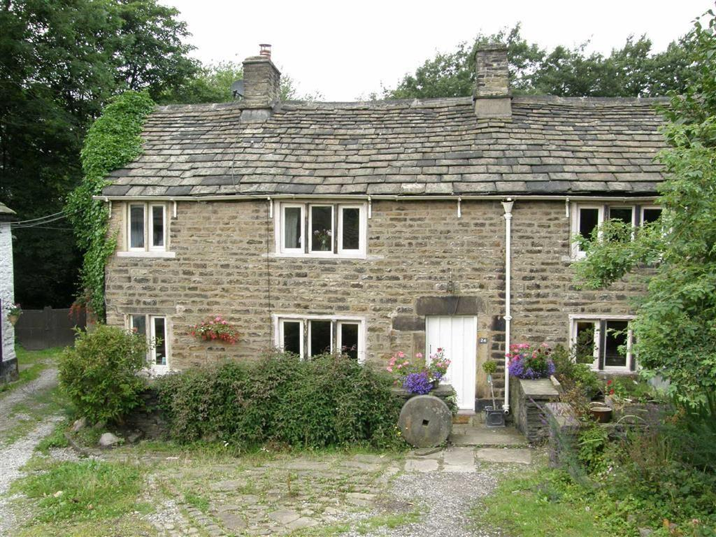 3 Bedrooms Semi Detached House for sale in Hague Street, Glossop, Glossop