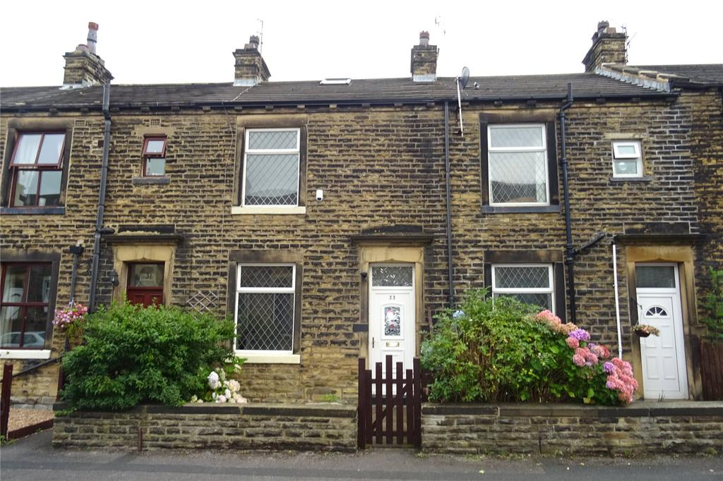 2 Bedrooms Terraced House for sale in Woodbine Terrace, Bradford, West Yorkshire, BD10