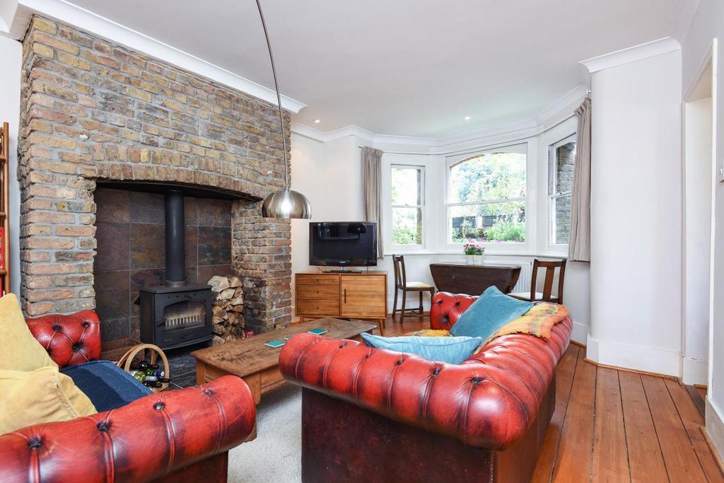 1 Bedroom Flat for sale in Kidbrooke Park Road, Blackheath