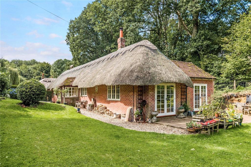 4 Bedrooms Unique Property for sale in Brocks Green, Ecchinswell, Newbury, Berkshire, RG20