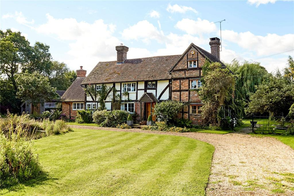 4 Bedrooms Detached House for sale in Monteswood Lane, Horsted Keynes, West Sussex, RH17