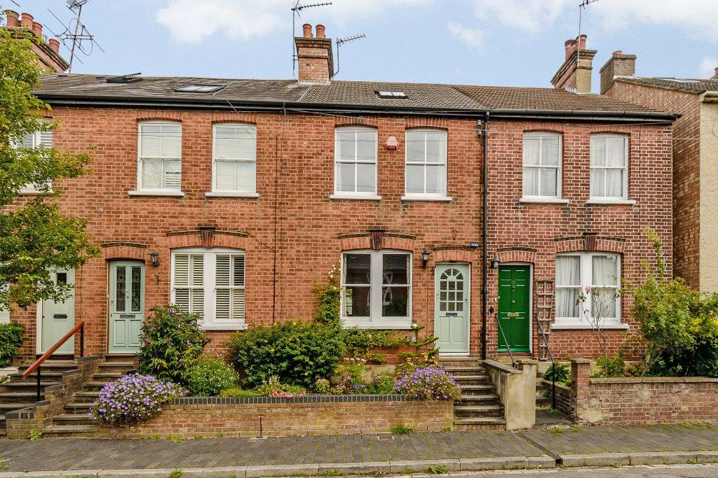 3 Bedrooms Terraced House for sale in Kings Road, St. Albans, Hertfordshire