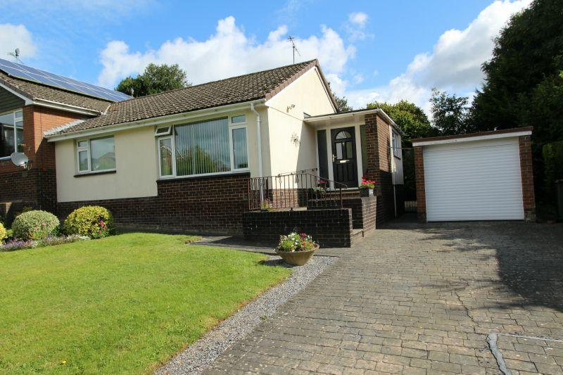 2 Bedrooms Semi Detached Bungalow for sale in KENNAWAY ROAD, OTTERY ST MARY