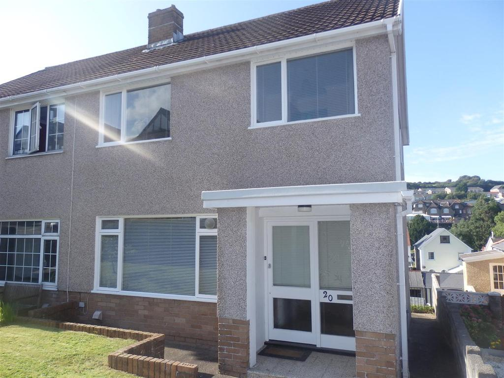3 Bedrooms Semi Detached House for sale in Pen Yr Heol Drive, Llanelli