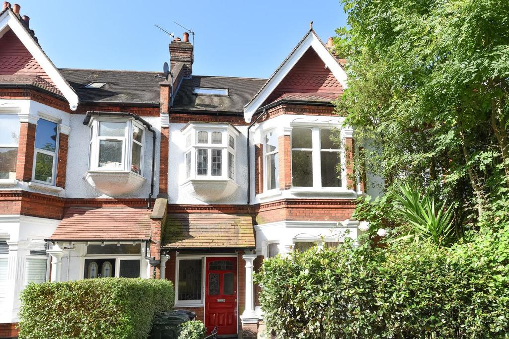 2 Bedrooms Flat for sale in Tooting Bec Gardens, Streatham