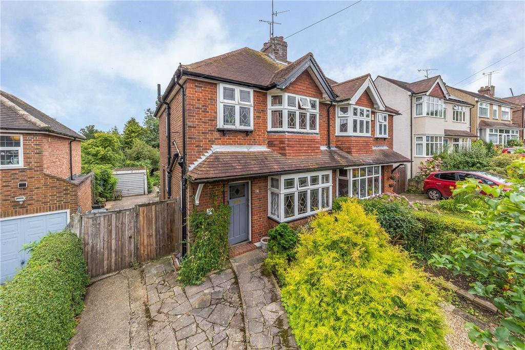 3 Bedrooms Semi Detached House for sale in Becketts Avenue, St. Albans, Hertfordshire