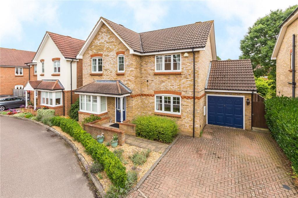 4 Bedrooms Detached House for sale in Coopers Gate, Colney Heath, St. Albans, Hertfordshire
