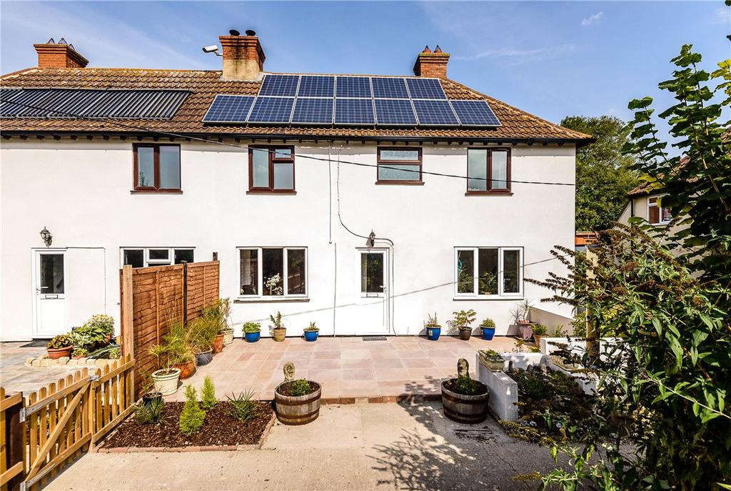 3 Bedrooms Semi Detached House for sale in Westons, Beedon, Newbury, Berkshire, RG20
