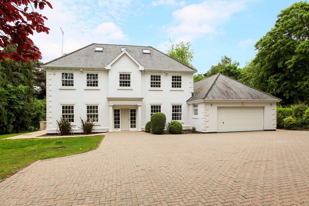 5 Bedrooms Detached House for sale in Gorse Hill Road, Virginia Water