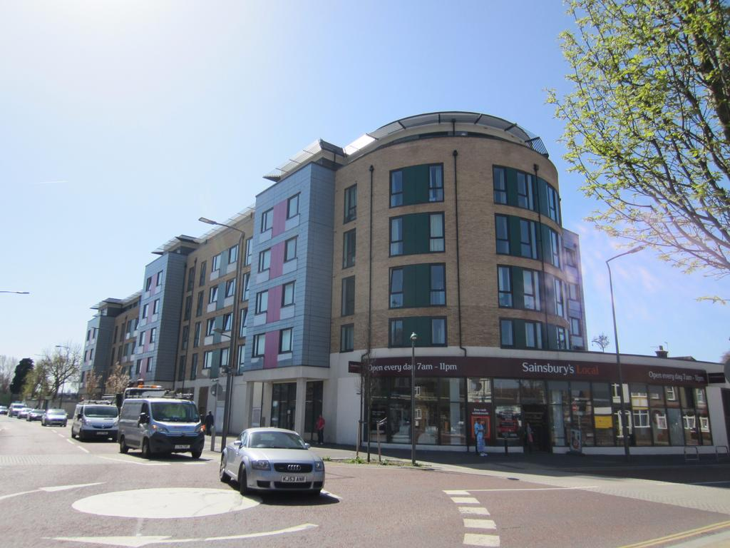 1 Bedroom Flat for sale in 170 London Road, Sutton SM6