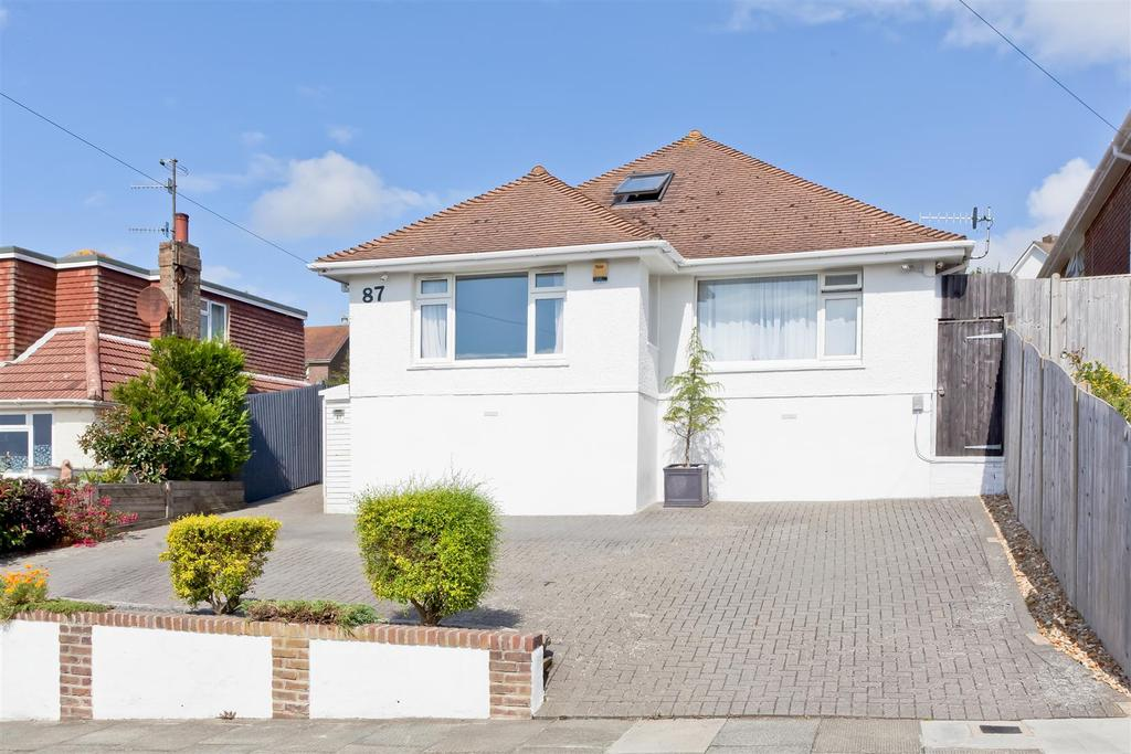4 Bedrooms Detached House for sale in Balsdean Road, Woodingdean, Brighton