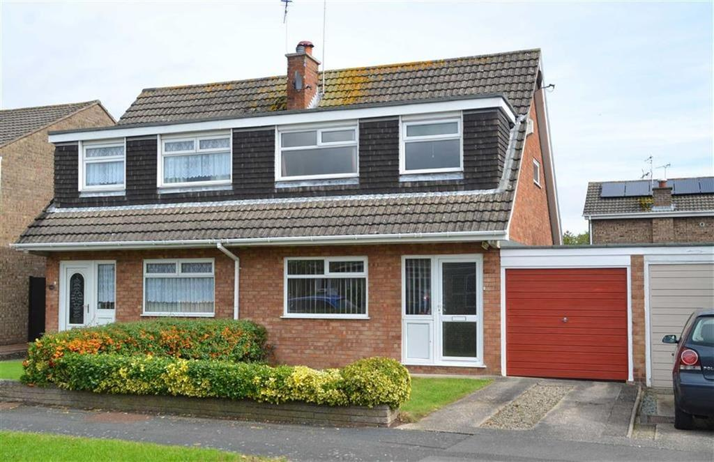 3 Bedrooms Semi Detached House for sale in Wetherby Way, Little Sutton, CH66