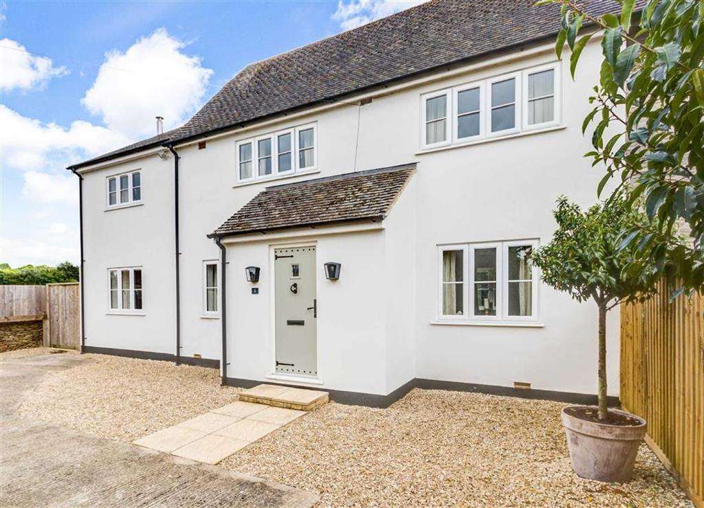 4 Bedrooms Semi Detached House for sale in Meadow View, Easton Town, Sherston