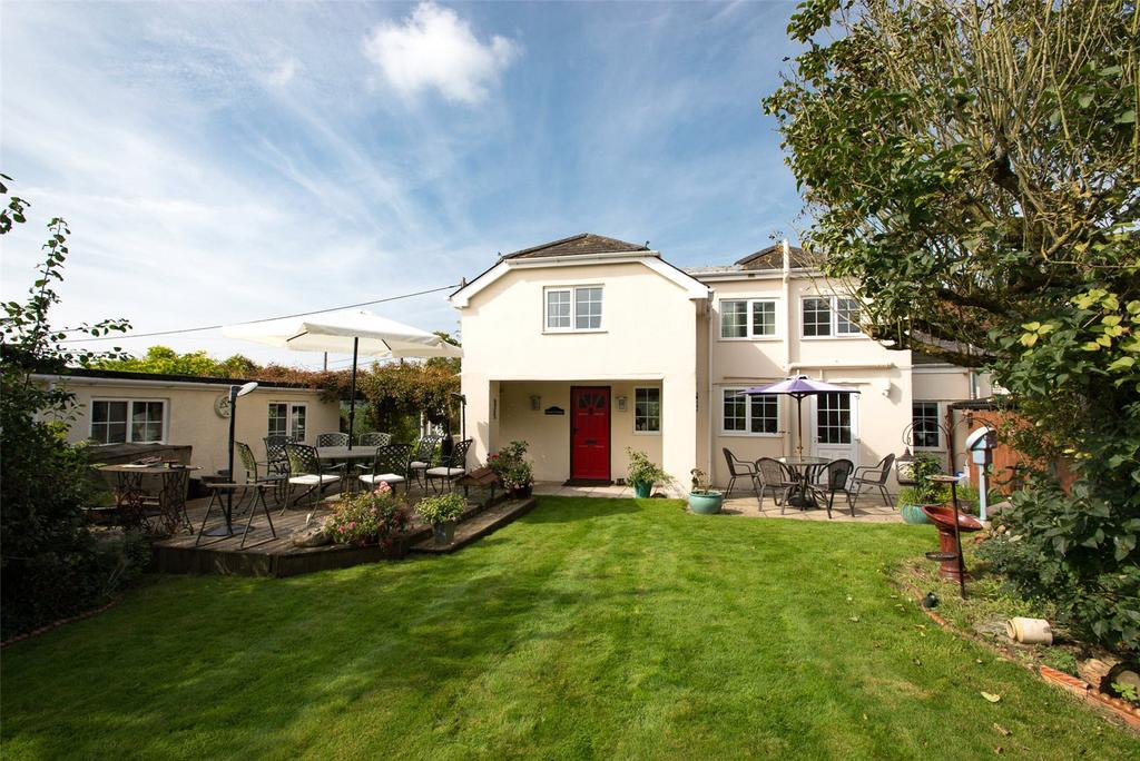 3 Bedrooms Semi Detached House for sale in Cann Common, Shaftesbury, SP7