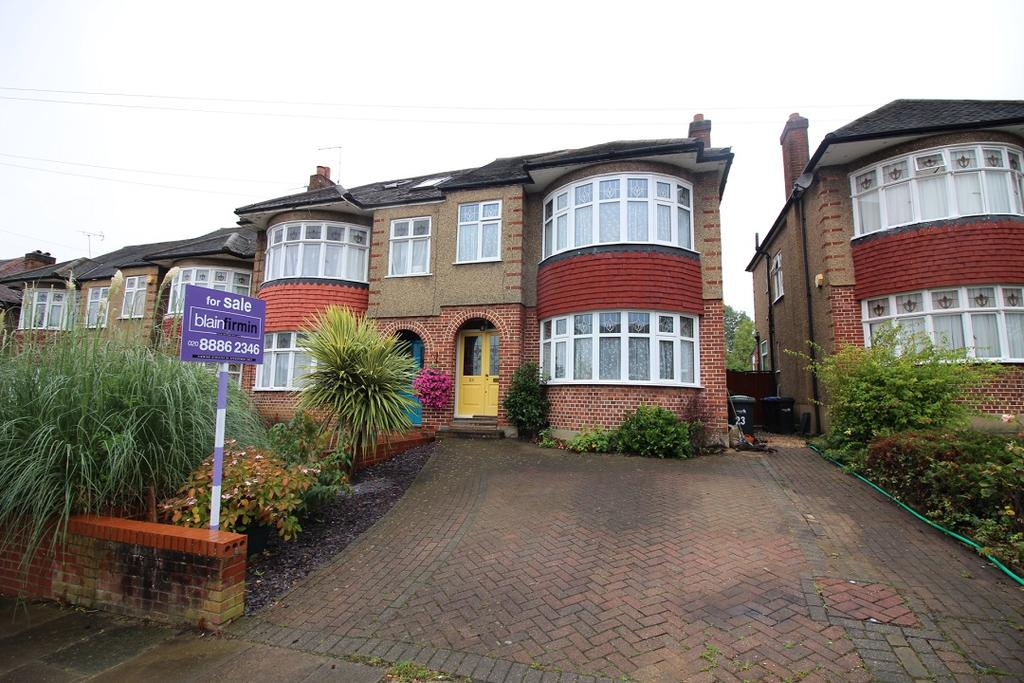 3 Bedrooms Semi Detached House for sale in Oakwood Avenue, Southgate N14