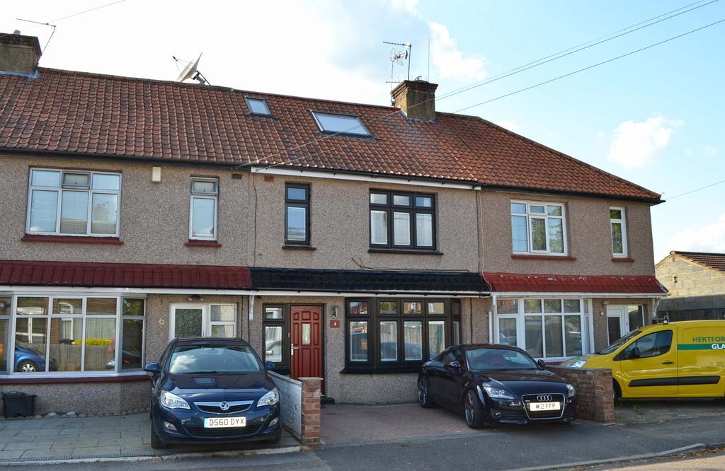 4 Bedrooms House for sale in River Avenue, Hoddesdon EN11