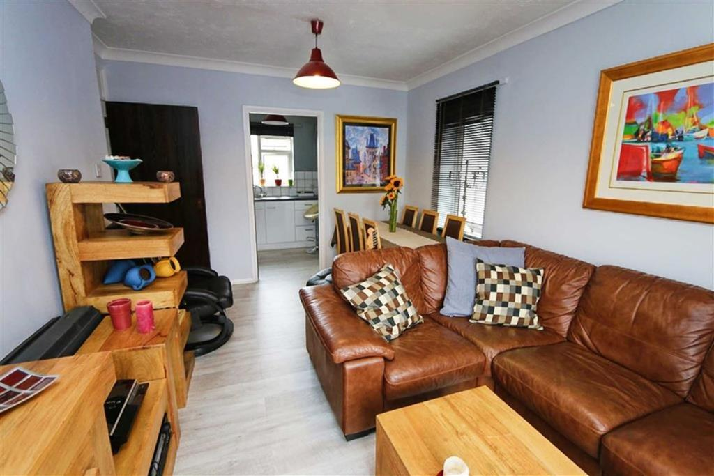 1 Bedroom Flat for sale in Plumstead High Street, Plumstead, London, SE18