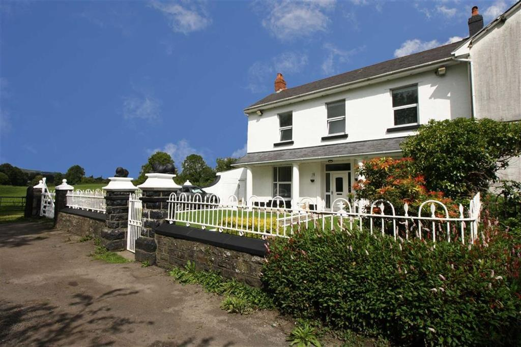 4 Bedrooms Semi Detached House for sale in Ynysllwyd Farm, Aberaman, Aberdare