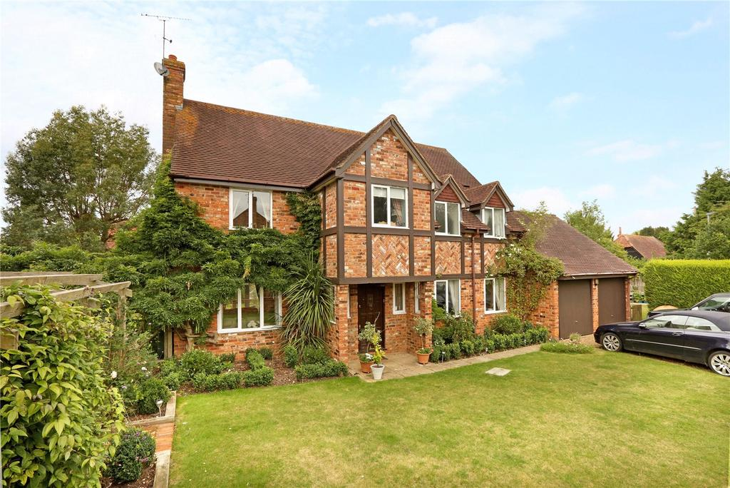 5 Bedrooms Detached House for sale in Lowes Close, Shiplake, Henley-on-Thames, Oxfordshire, RG9