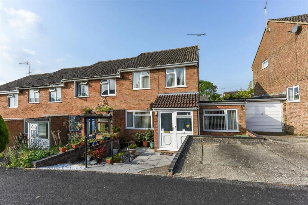 4 Bedrooms End Of Terrace House for sale in Tilney Close, ALTON, Hampshire