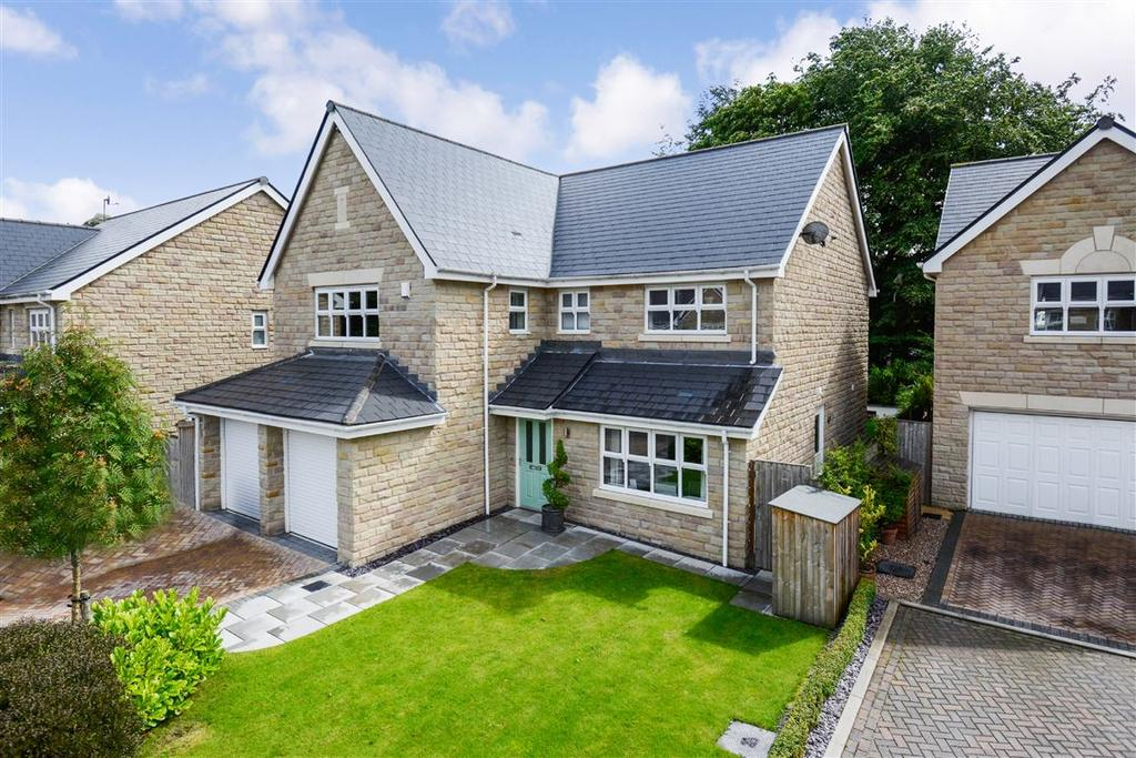 5 Bedrooms Detached House for sale in Marchcroft, Sowerby Bridge