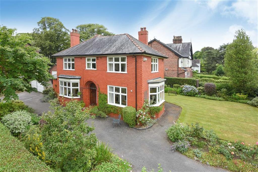 4 Bedrooms Detached House for sale in Hawthorn Lane, Wilmslow