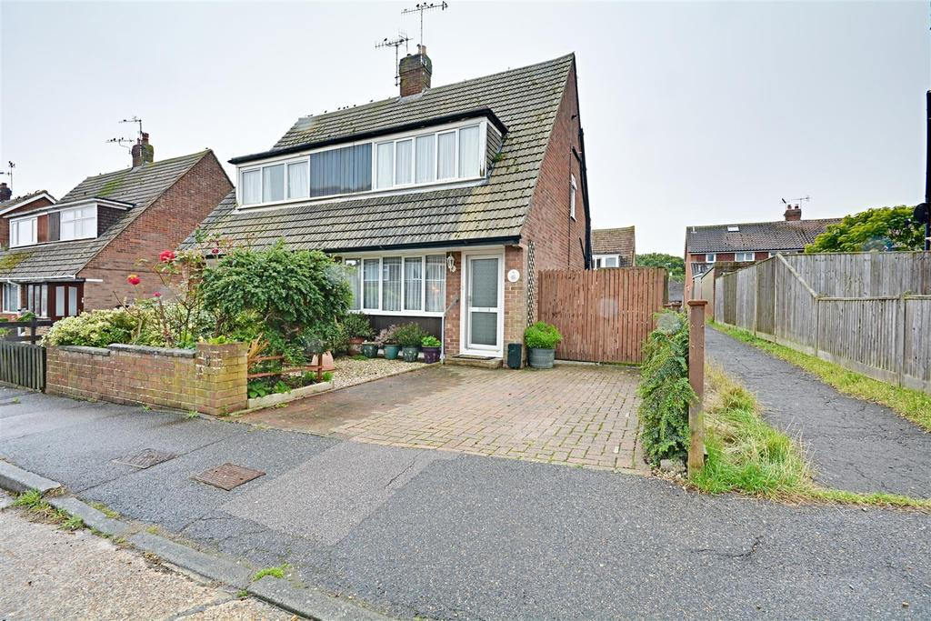 2 Bedrooms Semi Detached House for sale in Lesley Close, Bexhill-On-Sea