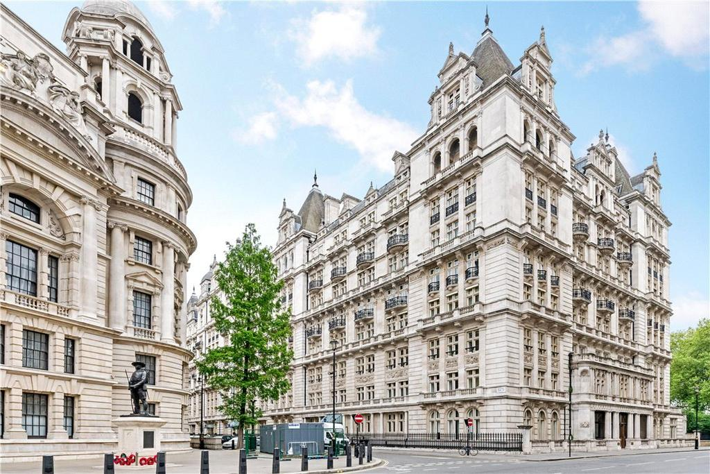 1 Bedroom Flat for sale in Whitehall Court, Westminter London, SW1A