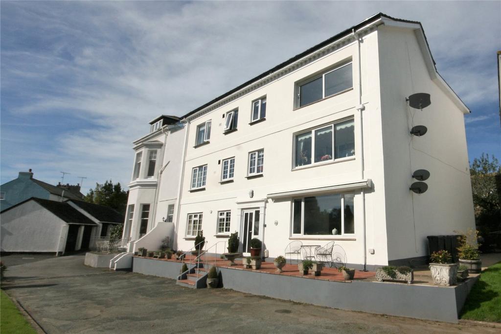 3 Bedrooms Apartment Flat for sale in Stoke House Gardens, Stoke Fleming, Dartmouth, Devon, TQ6