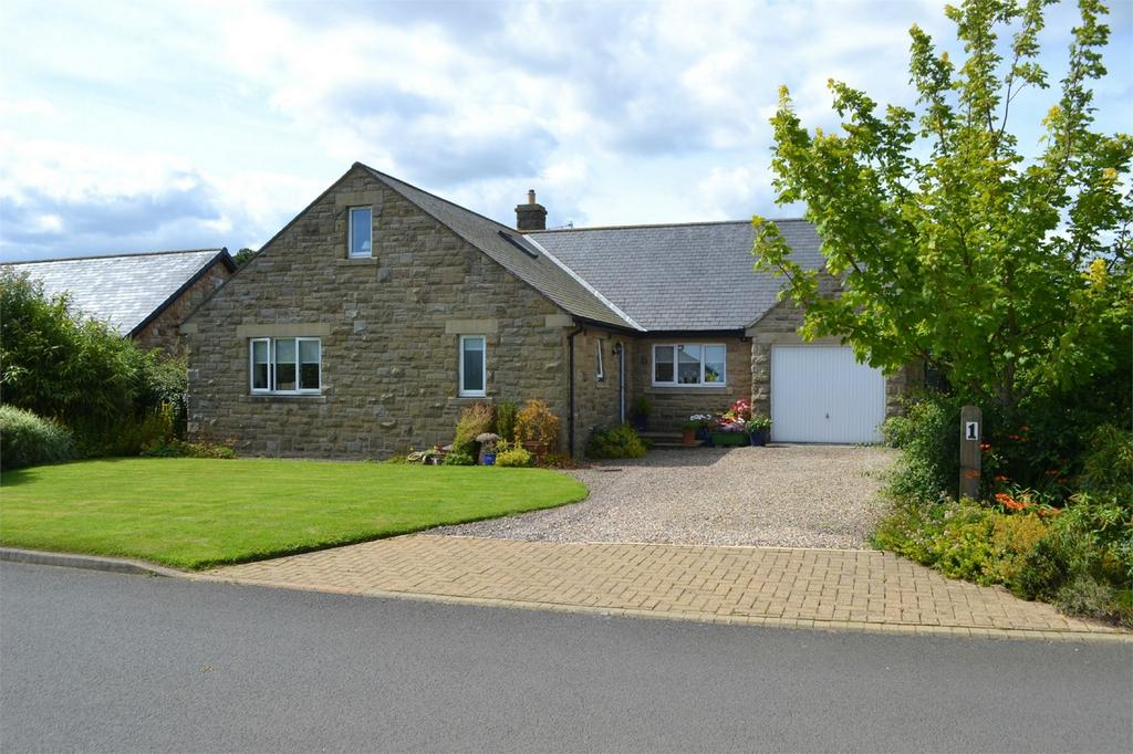 3 Bedrooms Detached House for sale in 1 The Croft, Longhoughton, Alnwick, Northumberland