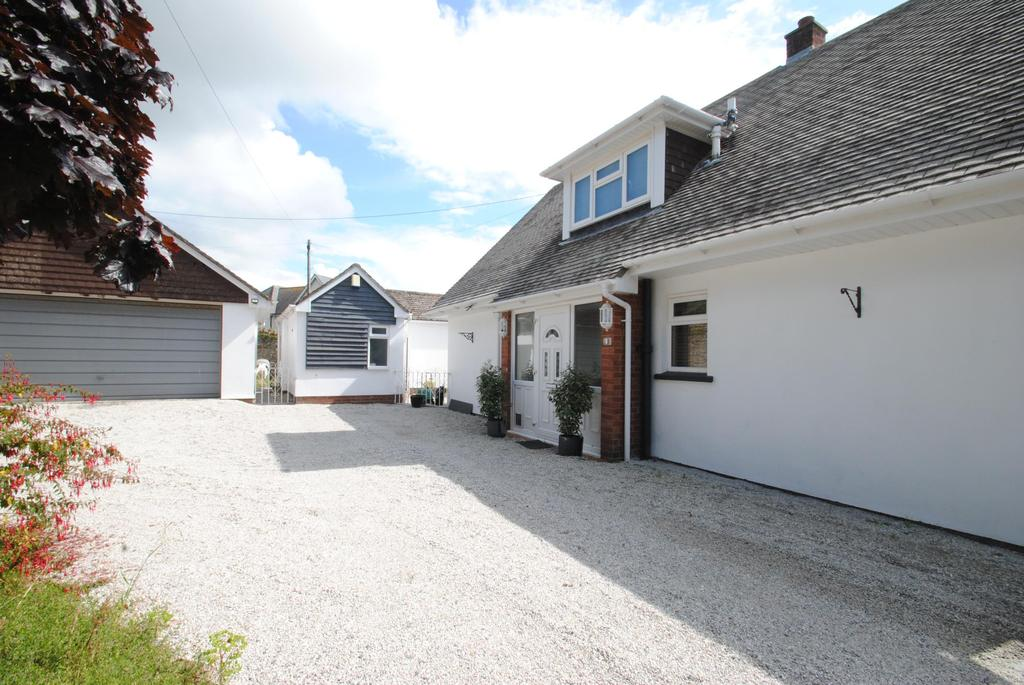 3 Bedrooms Detached House for sale in Higher Park Road, Braunton