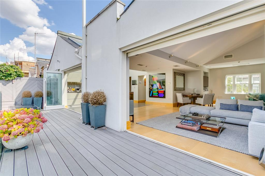4 Bedrooms Mews House for sale in Normand Mews, London